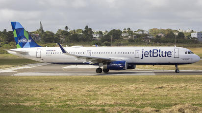 N955JB - JetBlue Airways Airbus A321