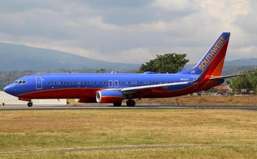 N8320J - Southwest Airlines Boeing 737-800