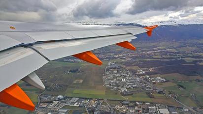 HB-JZR - easyJet Switzerland Airbus A320