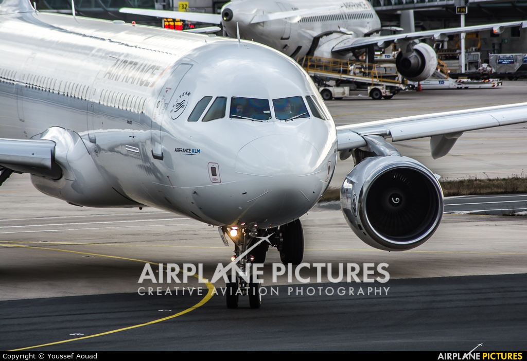 Air France F-GTAY aircraft at Paris - Charles de Gaulle
