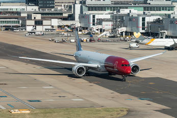 EI-LNJ - Norwegian Long Haul Boeing 787-9 Dreamliner