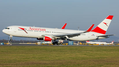 OE-LAZ - Austrian Airlines/Arrows/Tyrolean Boeing 767-300ER