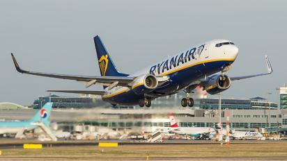 EI-FIW - Ryanair Boeing 737-800