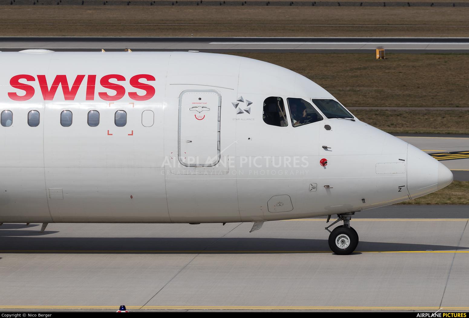 Swiss HB-IYZ aircraft at Frankfurt