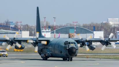 61-PI - France - Air Force Lockheed C-130H Hercules