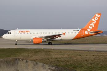 G-EZUA - easyJet Airbus A320
