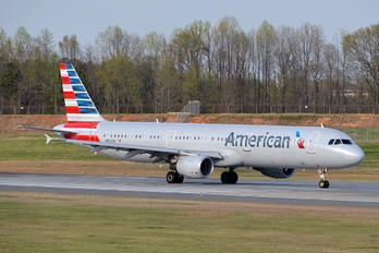N153UW - American Airlines Airbus A321