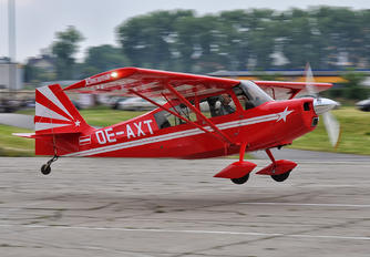 OE-AXT - Private American Champion 8KCAB Super Decathlon