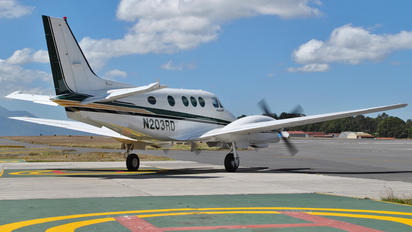 N203RD - Private Beechcraft 300 King Air