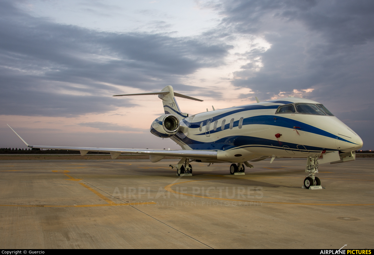 Private PR-HNG aircraft at Petrolina