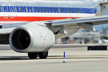 N931AN - American Airlines Boeing 737-800