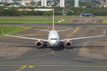 PR-GUZ - GOL Transportes Aéreos  Boeing 737-800