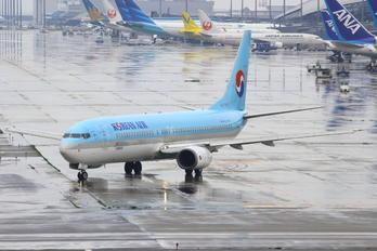 HL7727 - Korean Air Boeing 737-900