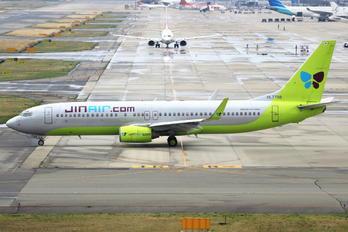 HL7798 - Jin Air Boeing 737-800