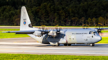 5607 - Norway - Royal Norwegian Air Force Lockheed C-130J Hercules
