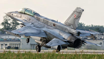 4086 - Poland - Air Force Lockheed Martin F-16D Jastrząb