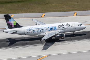 XA-VOH - Volaris Airbus A319