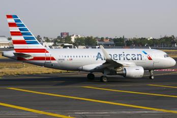 N9016 - American Airlines Airbus A319