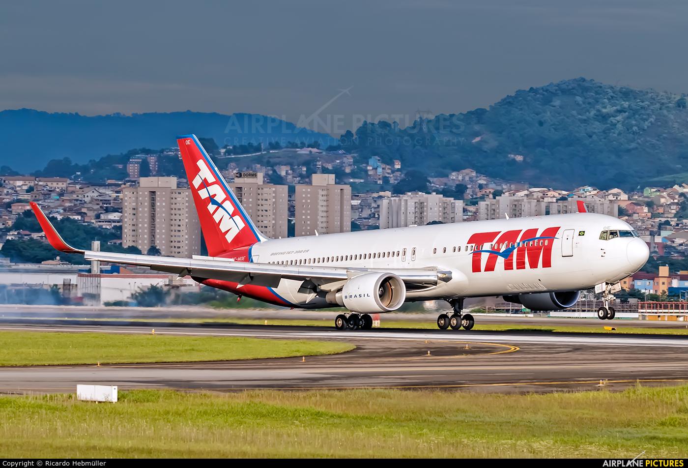 TAM PT-MOE aircraft at São Paulo - Guarulhos