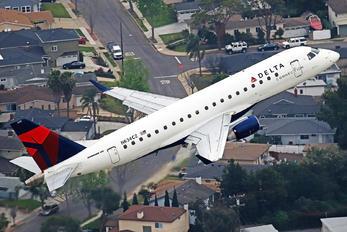 N634CZ - Delta Connection - Compass Airlines Embraer ERJ-175 (170-200)