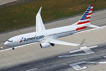 N956NN - American Airlines Boeing 737-800