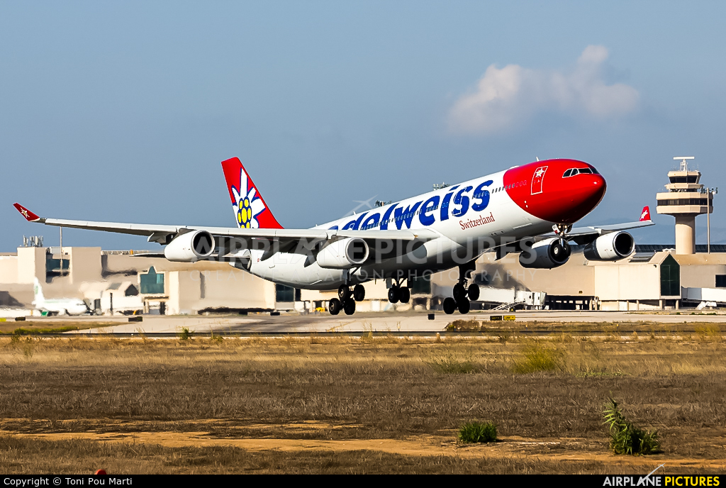Edelweiss HB-JMG aircraft at Palma de Mallorca