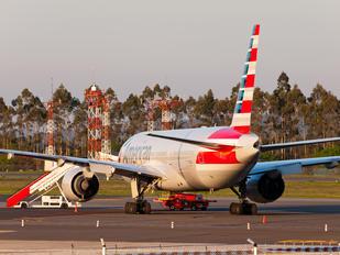 N787AL - American Airlines Boeing 777-200ER