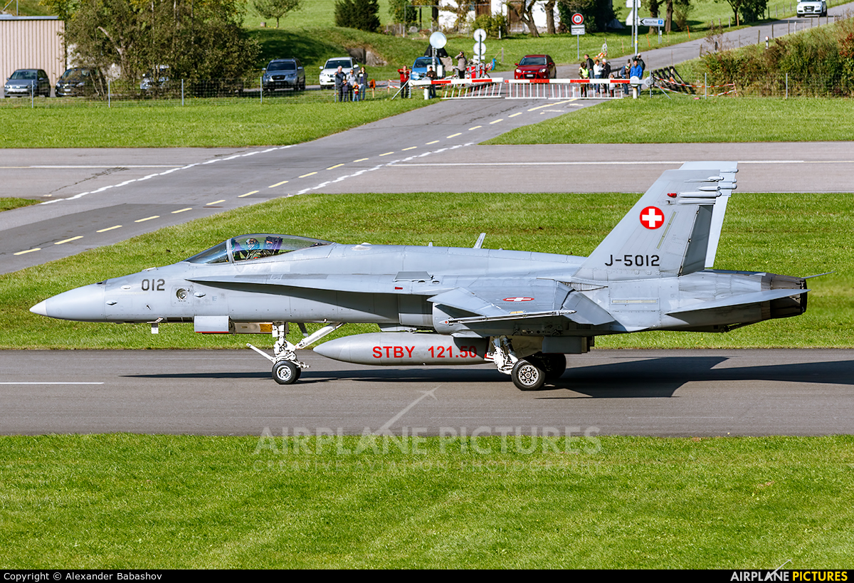 Switzerland - Air Force McDonnell Douglas F/A-18C Hornet J-5012