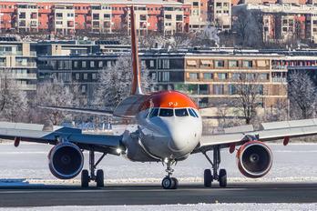 G-EZPJ - easyJet Airbus A320