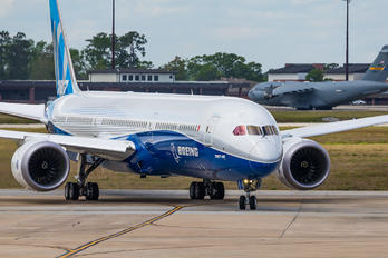 N528CZ - Boeing Company Boeing 787-10 Dreamliner