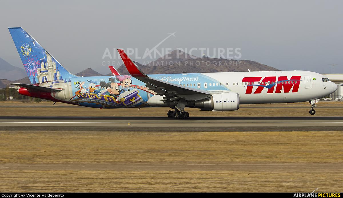 TAM PT-MSZ aircraft at Santiago de Chile - Arturo Merino Benítez Intl