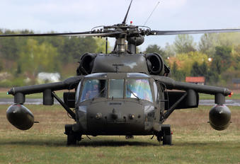 93-26532 - USA - Army Sikorsky H-60L Black hawk