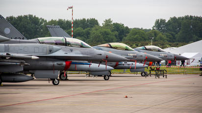 UNKNOWN - Netherlands - Air Force General Dynamics F-16A Fighting Falcon
