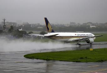 9V-SQL - Singapore Airlines Boeing 777-200