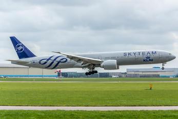 PH-BVD - KLM Boeing 777-300ER