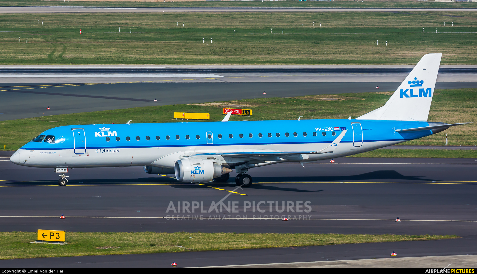 KLM Cityhopper PH-EXC aircraft at Düsseldorf