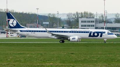 SP-LNA - LOT - Polish Airlines Embraer ERJ-190 (190-100)