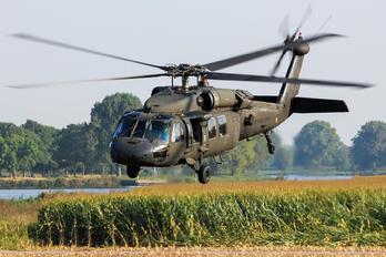 89-26165 - USA - Army Sikorsky S-70A Black Hawk
