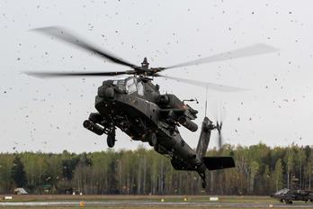04-05473 - USA - Army Boeing AH-64D Apache