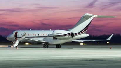 N145QS - Netjets (USA) Bombardier BD-700 Global 6000