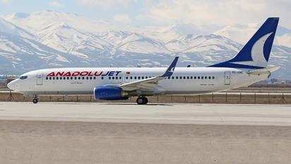 TC-SBE - AnadoluJet Boeing 737-800