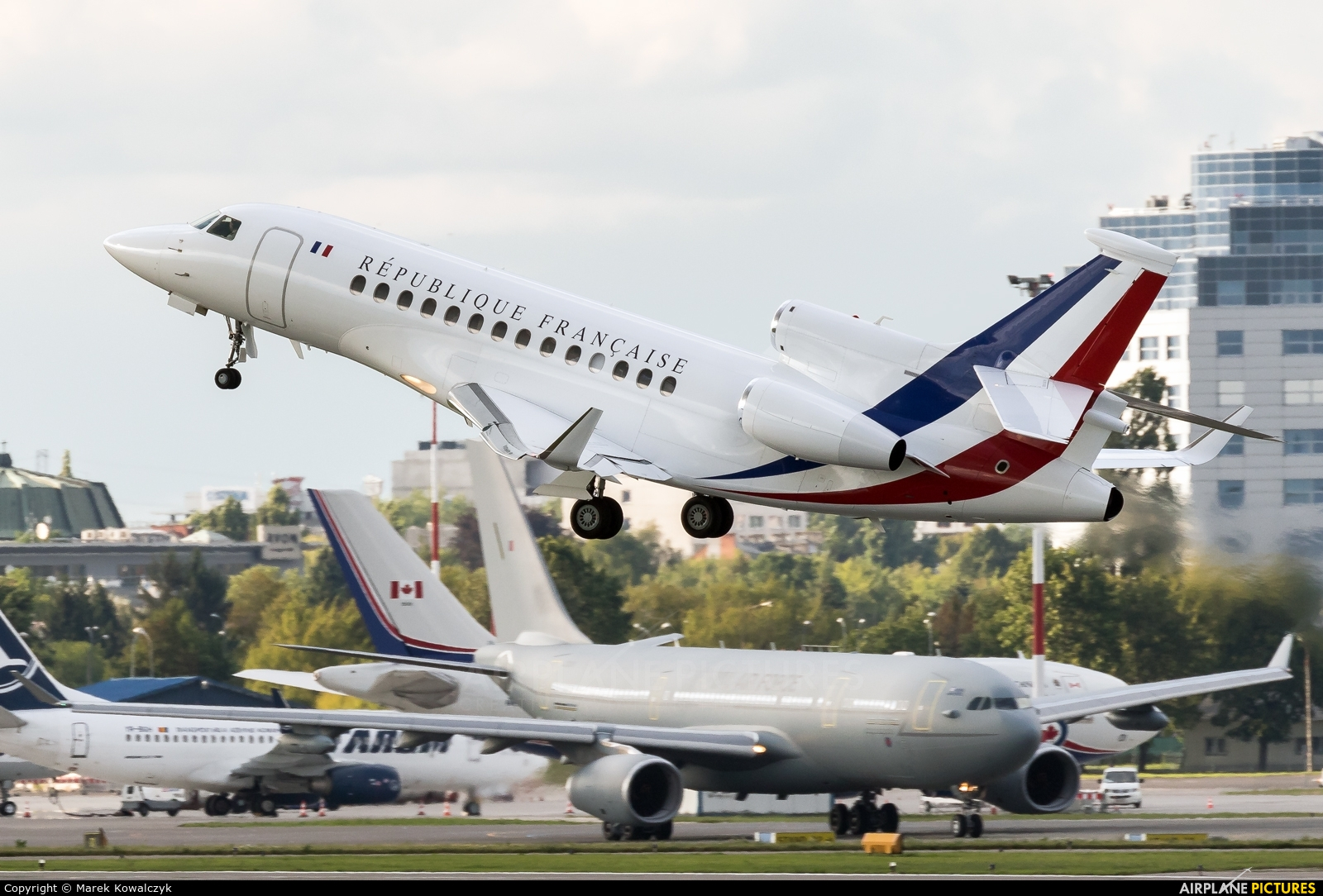 f rafa france air force dassault falcon 7x at warsaw frederic