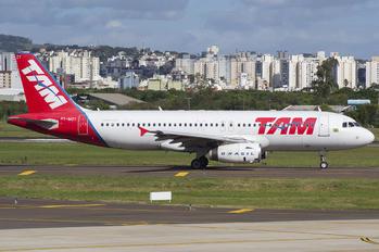 PT-MZY - TAM Airbus A320