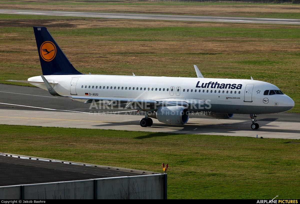 Lufthansa D-AIUU aircraft at Hannover - Langenhagen