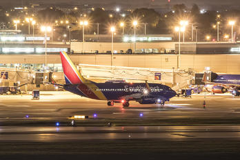 N726SW - Southwest Airlines Boeing 737-700