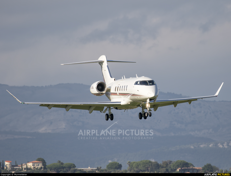 NetJets Europe (Portugal) CS-CHA aircraft at Cannes - Mandelieu