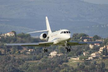 M-YUMN - Private Dassault Falcon 2000