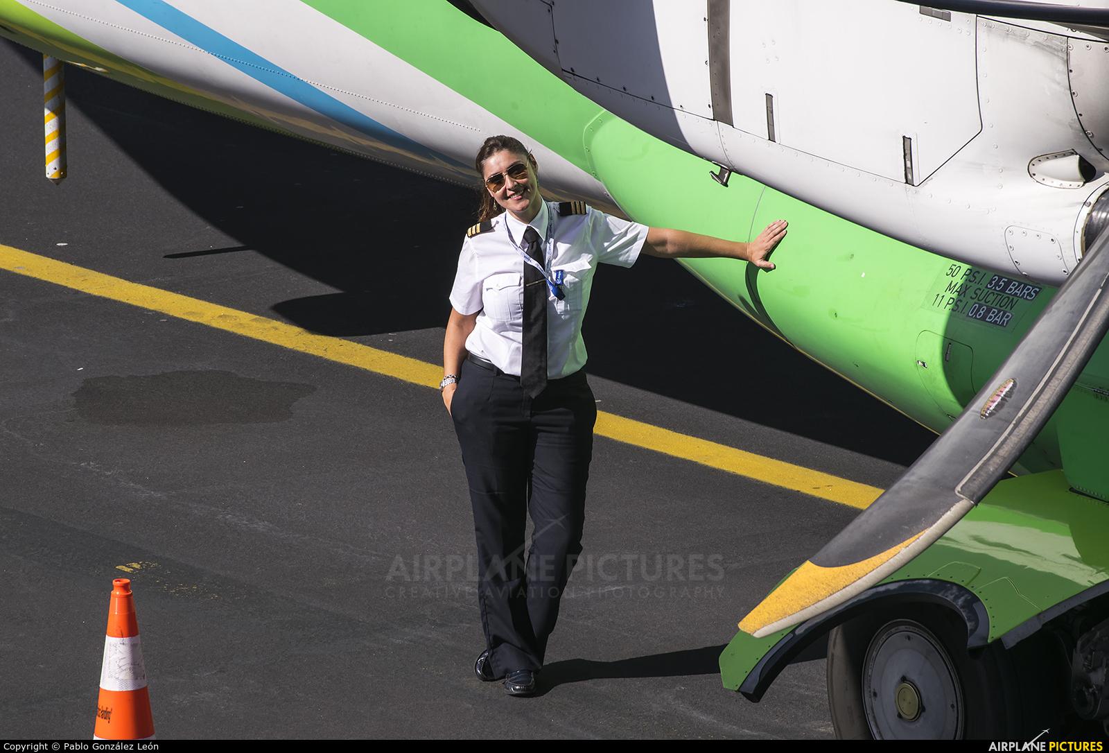 - Aviation Glamour  aircraft at Santa Cruz de La Palma