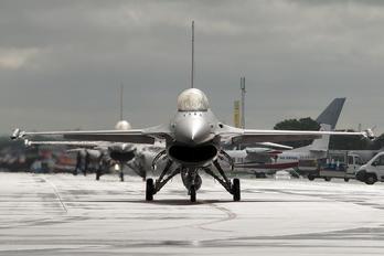 FA-124 - Belgium - Air Force General Dynamics F-16A Fighting Falcon
