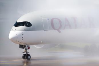 A7-ALN - Qatar Airways Airbus A350-900